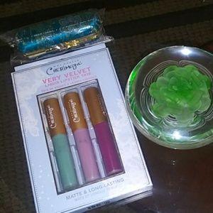 Cherimoya very velvet 🦄 lip trio w/💄 holder